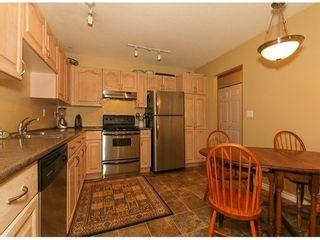 Photo 4: 105 1450 MERKLIN Street in South Surrey White Rock: Home for sale : MLS®# F1400767