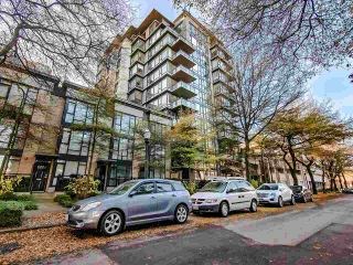 Photo 1: 802 1650 W 7TH Avenue in Vancouver: Fairview VW Condo for sale (Vancouver West)  : MLS®# R2521575