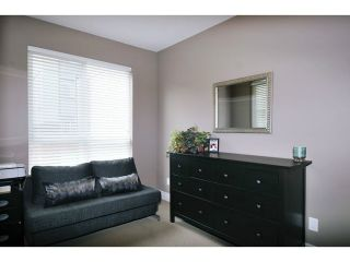 "Photo 10: 201 2343 ATKINS Avenue in Port Coquitlam: Central Pt Coquitlam Condo for sale in ""PEARL"" : MLS®# V1070597"