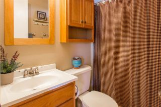 Photo 10: OCEANSIDE Twin-home for sale : 2 bedrooms : 1722 Lemon Heights Drive