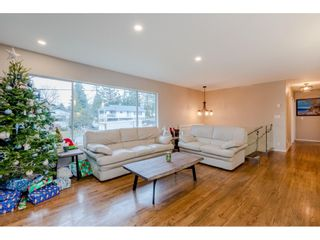 Photo 5: 924 GROVER Avenue in Coquitlam: Coquitlam West House for sale : MLS®# R2524127