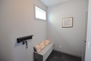 Photo 9: 130 Nolanshire Crescent NW in Calgary: Nolan Hill Detached for sale : MLS®# A1104088