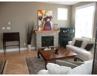 Photo 2: 307 4211 BAYVIEW Street in Richmond: Home for sale : MLS®# V693754