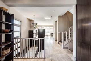 Photo 6: 2203 13 Street NW in Calgary: Capitol Hill Semi Detached for sale : MLS®# A1151291