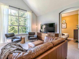 Photo 3: 405 960 LYNN VALLEY Road in North Vancouver: Lynn Valley Condo for sale : MLS®# R2580935