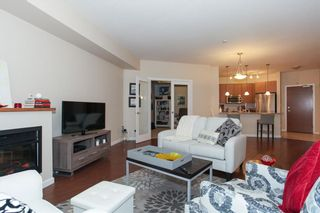 Photo 4: 204 275 Ross Drive in New Westminster: Fraserview Condo for sale : MLS®# R2109644