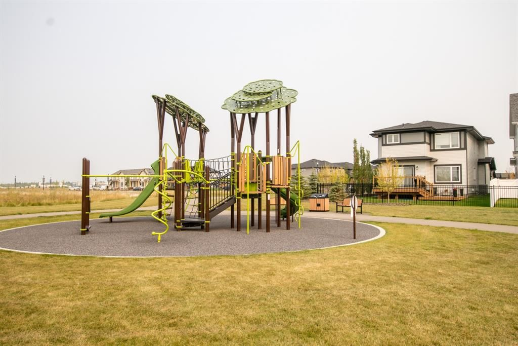 Photo 5: Photos: 16 Memorial Parkway in Rural Red Deer County: Liberty Landing Residential for sale : MLS®# A1060303