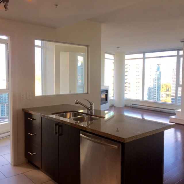Photo 16: Photos: 1188 West Pender Street in Vancouver: Coal Harbour Condo for rent (Vancouver West)