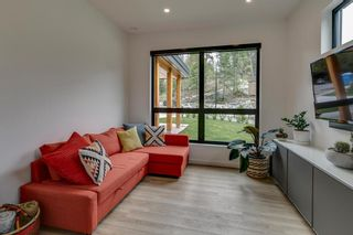 """Photo 12: 38631 HIGH CREEK Drive in Squamish: Plateau House for sale in """"Crumpit Woods"""" : MLS®# R2457128"""