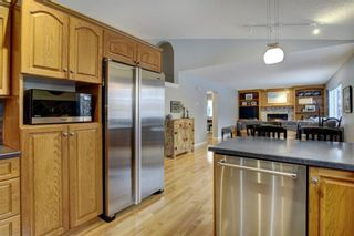 Photo 13: 24 Scenic Ridge Crescent NW in Calgary: Scenic Acres Residential for sale : MLS®# A1058811