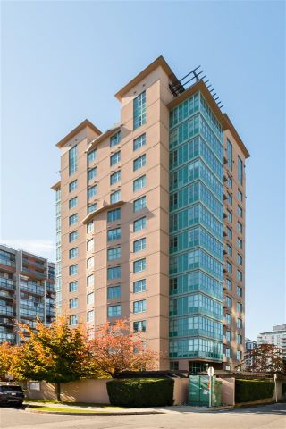 """Photo 26: 1504 1555 EASTERN Avenue in North Vancouver: Central Lonsdale Condo for sale in """"The Sovereign"""" : MLS®# R2594870"""