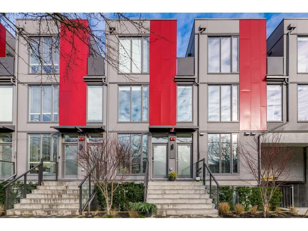 "Main Photo: 5 531 E 16TH Avenue in Vancouver: Mount Pleasant VE Townhouse for sale in ""HANNA"" (Vancouver East)  : MLS®# R2531123"