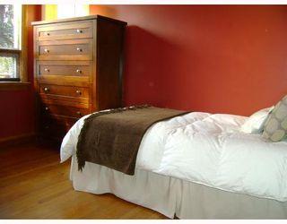 Photo 6: 406 SACKVILLE Street in WINNIPEG: St James Residential for sale (West Winnipeg)  : MLS®# 2818045