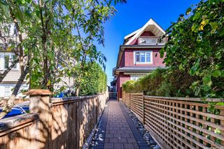 Photo 2: 3487 W 2ND Avenue in Vancouver: Kitsilano 1/2 Duplex for sale (Vancouver West)  : MLS®# R2621064