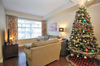 """Photo 2: 76 18199 70 Avenue in Surrey: Cloverdale BC Townhouse for sale in """"Augusta"""" (Cloverdale)  : MLS®# R2422353"""