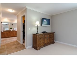 """Photo 18: 6969 179 Street in Surrey: Cloverdale BC House for sale in """"Provinceton"""" (Cloverdale)  : MLS®# R2460171"""