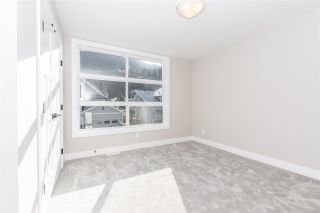 """Photo 16: 14 1885 COLUMBIA VALLEY Road: Lindell Beach House for sale in """"AQUADEL CROSSING"""" (Cultus Lake)  : MLS®# R2426452"""