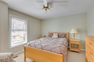 """Photo 12: 558 CARLSEN Place in Port Moody: North Shore Pt Moody Townhouse for sale in """"Eagle Point complex"""" : MLS®# R2388336"""