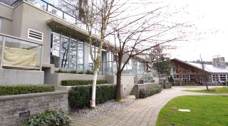 """Photo 2: CH03 651 NOOTKA Way in Port Moody: Port Moody Centre Townhouse for sale in """"Sahalee"""" : MLS®# R2560546"""