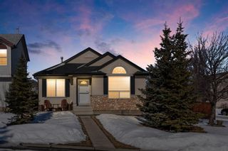 Photo 2: 143 Somerside Grove SW in Calgary: Somerset Detached for sale : MLS®# A1126412