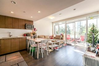 """Photo 2: 518 1372 SEYMOUR Street in Vancouver: Downtown VW Condo for sale in """"THE MARK"""" (Vancouver West)  : MLS®# R2178065"""