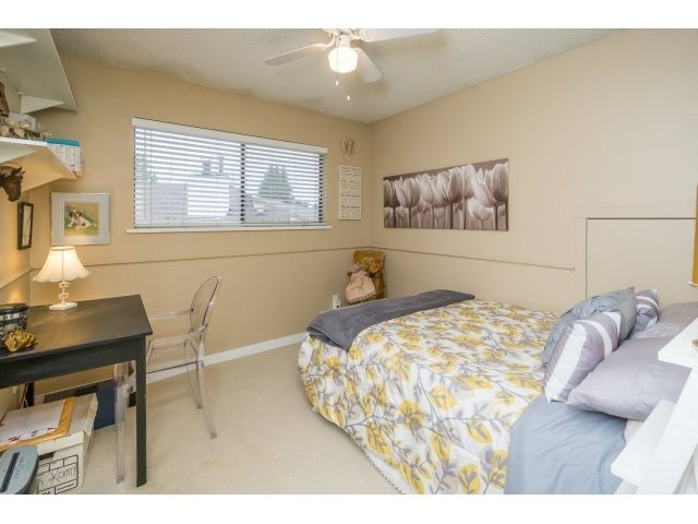 Photo 18: Photos: 5926 183 Street in Surrey: Cloverdale BC House for sale : MLS®# R2028252