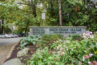 "Photo 5: 8582 WILDERNESS Court in Burnaby: Forest Hills BN Townhouse for sale in ""Simon Fraser Village"" (Burnaby North)  : MLS®# R2309004"