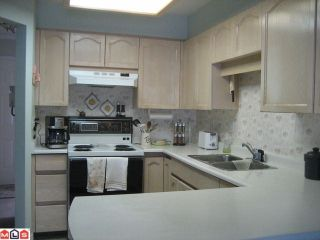"""Photo 5: 308 2491 GLADWIN Road in Abbotsford: Abbotsford West Condo for sale in """"Lakewood Gardens"""" : MLS®# F1019909"""