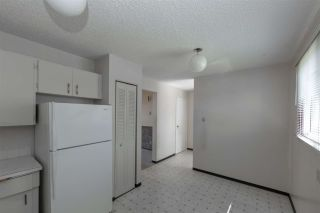 Photo 9: 1945 73 Street in Edmonton: Zone 29 Townhouse for sale : MLS®# E4240363