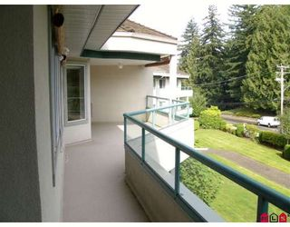 "Photo 7: 307 2451 GLADWIN Road in Abbotsford: Abbotsford West Condo for sale in ""CENTENNIAL COURT"" : MLS®# F2828490"