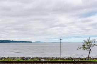 """Photo 1: 11 15563 MARINE Drive: White Rock Condo for sale in """"Oceanview Terrace"""" (South Surrey White Rock)  : MLS®# R2513794"""