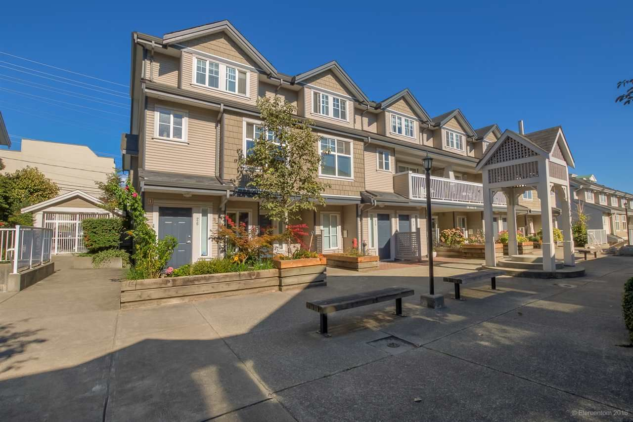"""Main Photo: 26 230 TENTH Street in New Westminster: Uptown NW Townhouse for sale in """"COBBLESTONE WALK"""" : MLS®# R2107717"""