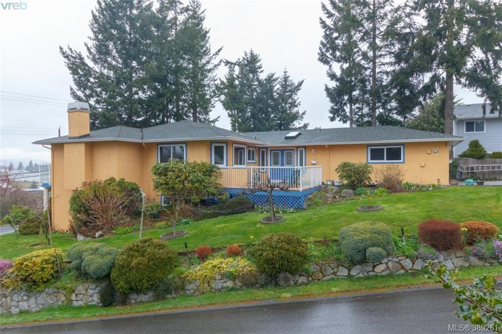 Main Photo: E 6599 Central Saanich Rd in VICTORIA: CS Tanner House for sale (Central Saanich)  : MLS®# 782322