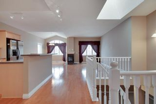 Photo 2: 212 SIMCOE Place SW in Calgary: Signal Hill Semi Detached for sale : MLS®# C4293353