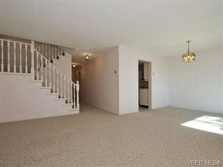 Photo 5: 3 9904 Third St in SIDNEY: Si Sidney North-East Row/Townhouse for sale (Sidney)  : MLS®# 745522