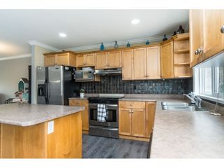 """Photo 12: 32954 PHELPS Avenue in Mission: Mission BC House for sale in """"Cedar Valley Estates"""" : MLS®# R2468941"""
