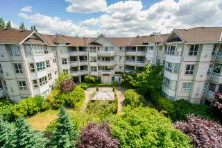 "Photo 19: 406 8142 120A Street in Surrey: Queen Mary Park Surrey Condo for sale in ""Sterling Court"" : MLS®# R2381590"