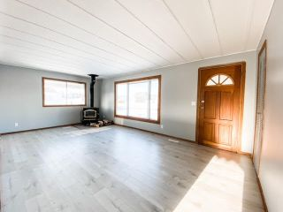 Photo 4: 4811 4 Avenue: Chauvin House for sale (MD of Wainwright)  : MLS®# A1060403