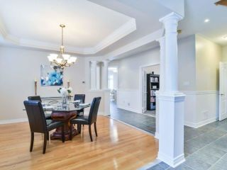 Photo 4: 1426 Pinery Cres in Oakville: Iroquois Ridge North Freehold for sale : MLS®# W4044662
