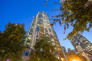"""Photo 39: 3302 1238 MELVILLE Street in Vancouver: Coal Harbour Condo for sale in """"POINTE CLAIRE"""" (Vancouver West)  : MLS®# R2615681"""