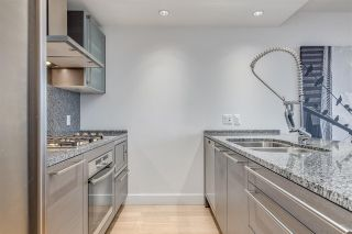 """Photo 11: 3307 1111 ALBERNI Street in Vancouver: West End VW Condo for sale in """"SHANGRI-LA"""" (Vancouver West)  : MLS®# R2558444"""