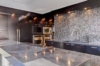Photo 13: 500J 500 EAU CLAIRE Avenue SW in Calgary: Eau Claire Apartment for sale : MLS®# C4281669
