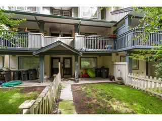 """Photo 16: 30 19250 65 Avenue in Surrey: Clayton Townhouse for sale in """"Sunberry Court"""" (Cloverdale)  : MLS®# R2106869"""