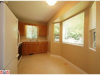 """Photo 9: 5986 SOUTHPARK Grove in Surrey: Panorama Ridge House for sale in """"BOUNDARY PARK"""" : MLS®# F1023569"""