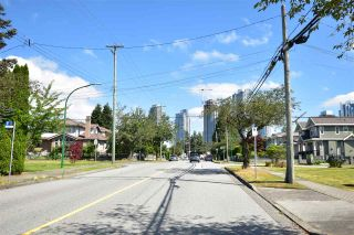 Photo 10: 7050 - 7052 SUSSEX Avenue in Burnaby: Metrotown Duplex for sale (Burnaby South)  : MLS®# R2525871
