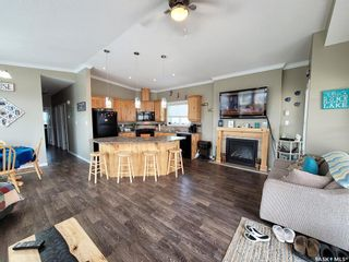 Photo 2: 522 Diamond Willow Drive in Lac Des Iles: Residential for sale : MLS®# SK864082