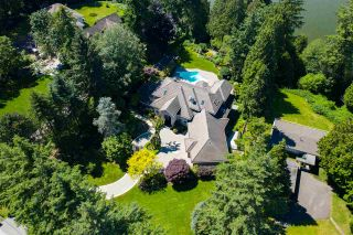 """Photo 34: 13375 CRESCENT Road in Surrey: Elgin Chantrell House for sale in """"WATERFRONT CRESCENT ROAD"""" (South Surrey White Rock)  : MLS®# R2531349"""