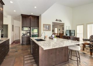 Photo 6: 231 Shawnee Gardens SW in Calgary: Shawnee Slopes Detached for sale : MLS®# A1114350
