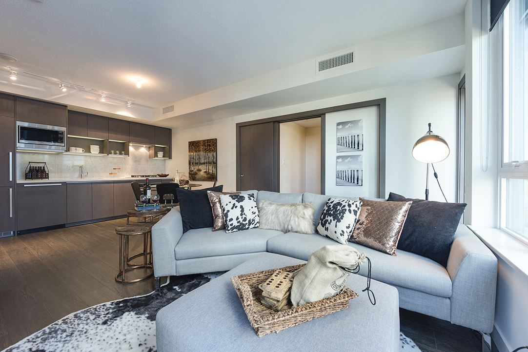 "Main Photo: 803 68 SMITHE Street in Vancouver: Yaletown Condo for sale in ""One Pacific"" (Vancouver West)  : MLS®# R2111209"