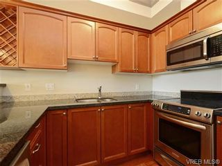 Photo 10: 208 1620 McKenzie Ave in VICTORIA: SE Lambrick Park Condo for sale (Saanich East)  : MLS®# 728971
